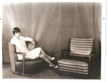 Louise Brooks with chair (c. 1928)